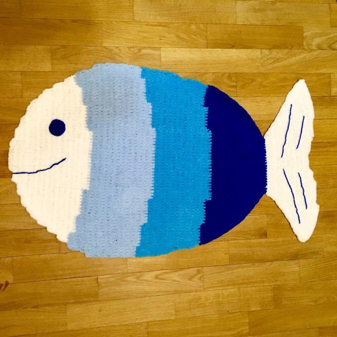 Crochet blue fish rug
