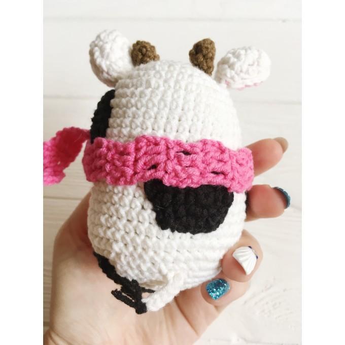 Amigurumi cow