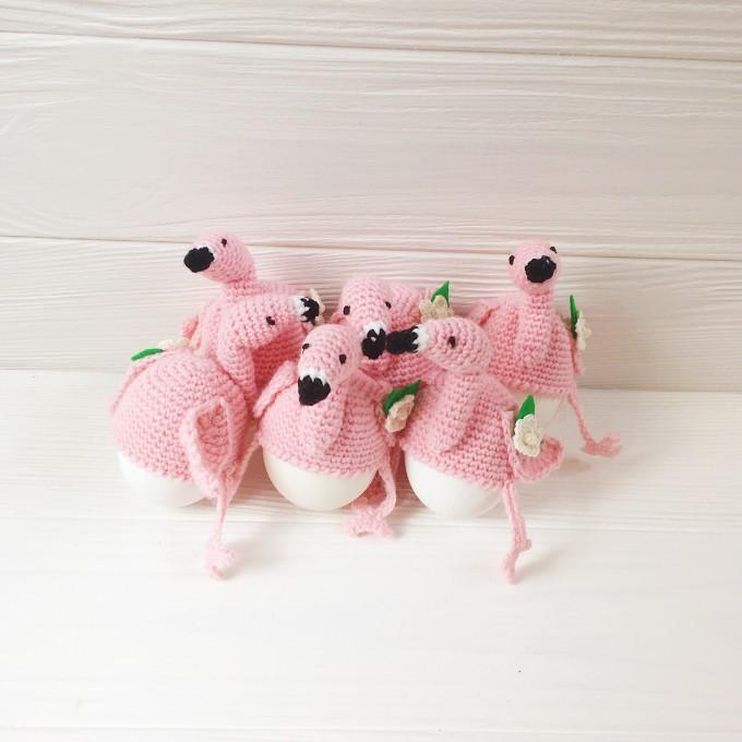 Set of crochet flamingo