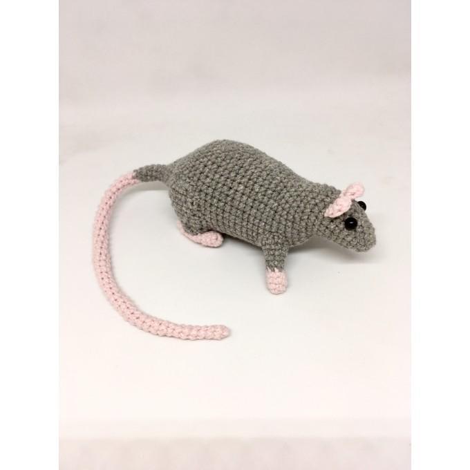 Amigurumi rat grey