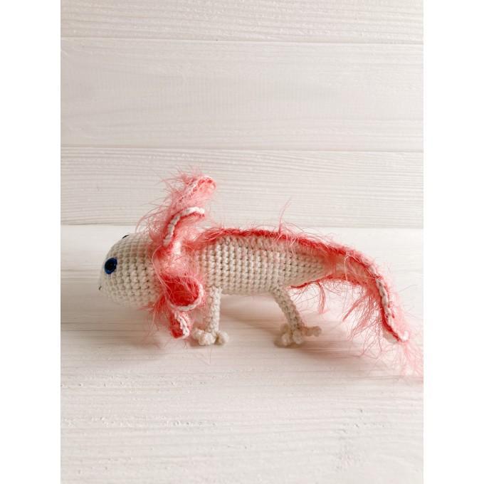 Amigurumi white axolotl