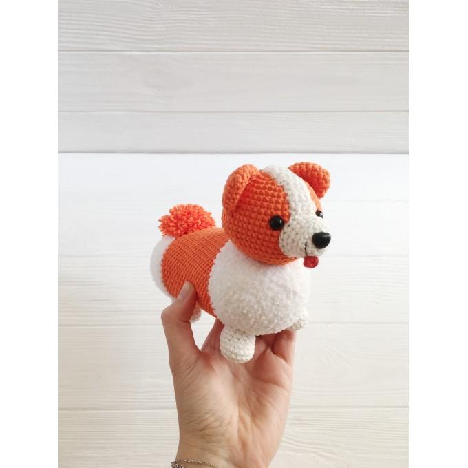 Amigurumi corgi dog
