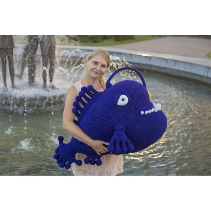 Crochet blue angler