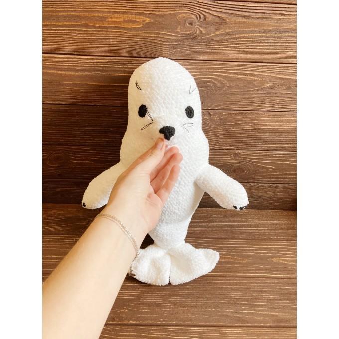 Crochet seal