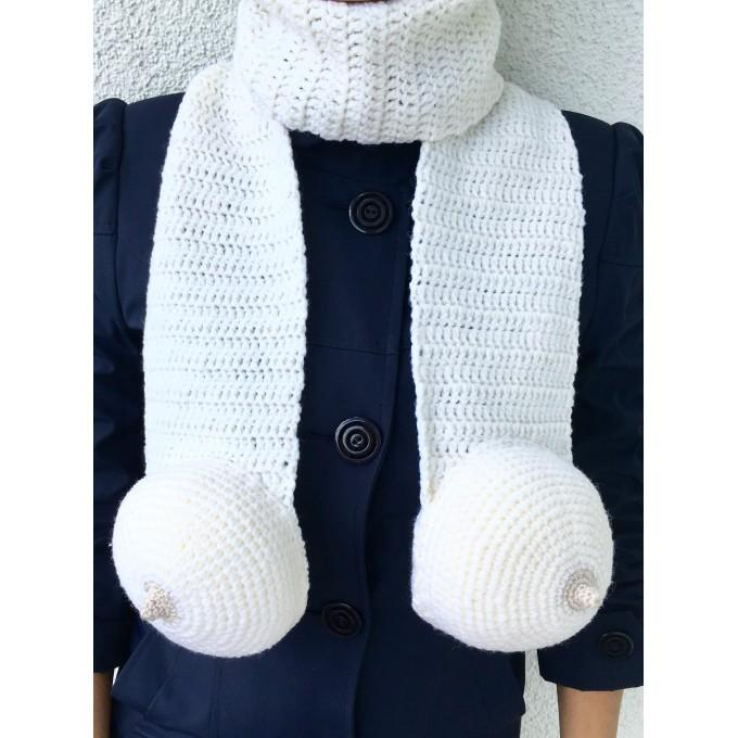 Scarf with boobs