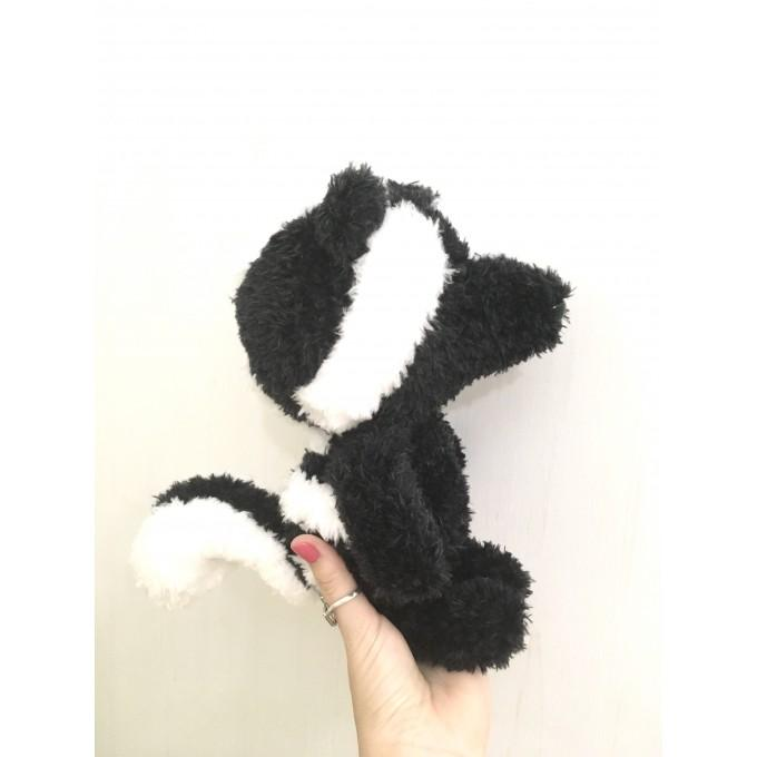 Amigurumi spotted skunk